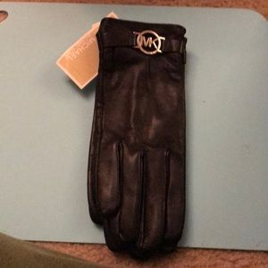 Michael Kors leather gloves size xl